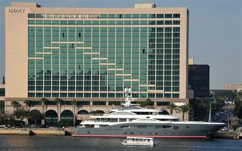 Jaguars owner Shahid Khan's yacht anchors downtown, making