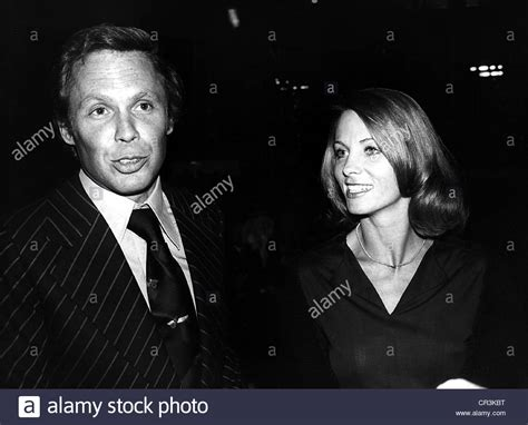 With His Wife Ingrid Kraus Stockfotos & With His Wife