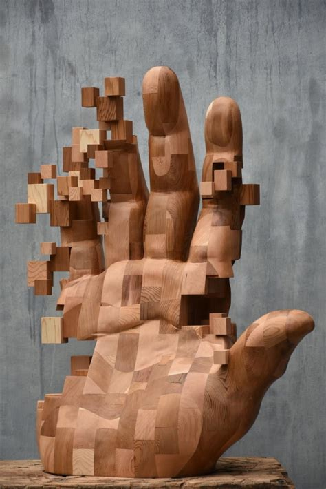 New Dynamic, Pixelated Wood Sculptures from Hsu Tung Han