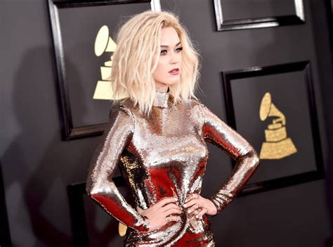 Worst Dressed Stars at the Grammys 2017: Katy Perry