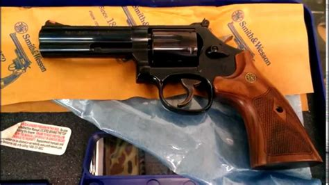 Smith & Wesson M586