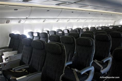 Inside Look: 9 vs 10 Abreast Economy Seating in the 777