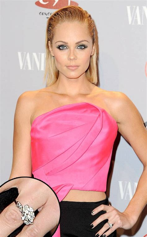 Laura Vandervoort Engaged—See Her Ring! | E! News