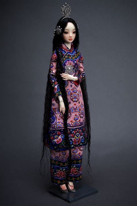 Resin line   Enchanted Doll